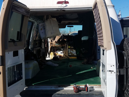 Getting Rid of All Your Stuff - Van Life
