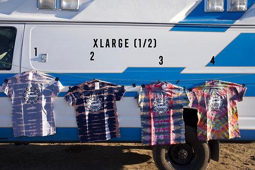 XL Travel and Art Vandala Shirt