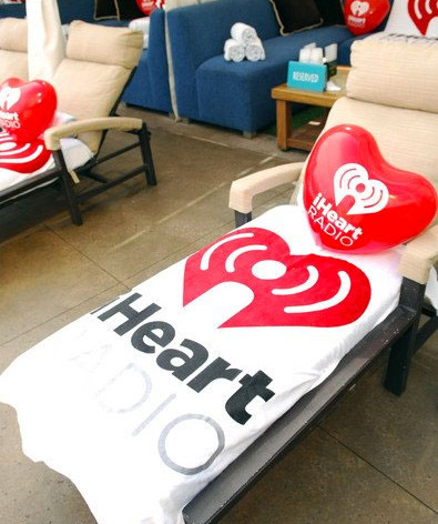 heart shaped inflatable pillows