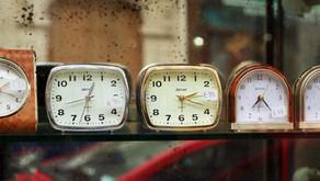 Jak mluvit o čase ve španělštině (úroveň A1)