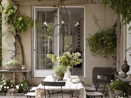 Gazebi e verande: giardini di inverno e rifugi per l'estate