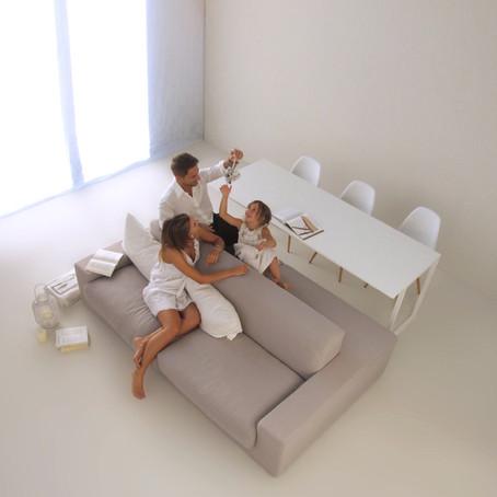 un divano più tavolo insieme? certo che si!