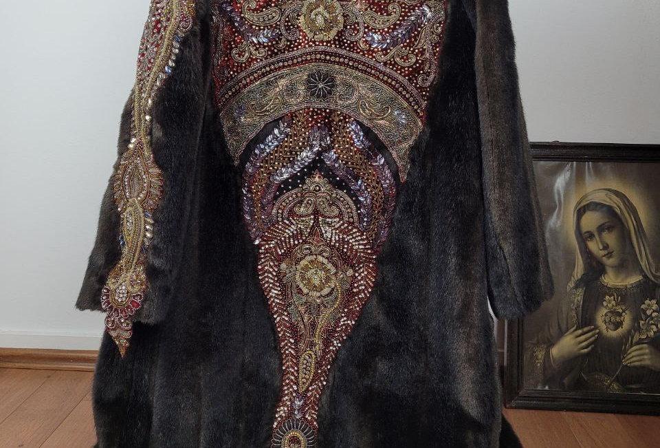 CruEl InTenTions coat S
