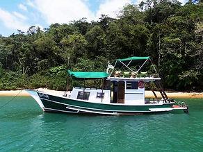 Barco Latitude.jpg