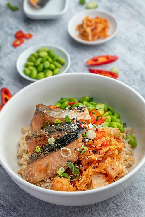 Teriyaki Salmon with Brown Rice (531 kcal)