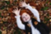 automne-automne-portrait-enfant-charmant