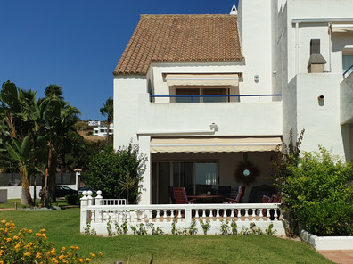 Casitamar beach house seafront