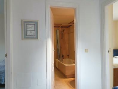 Casitamar family bathroom