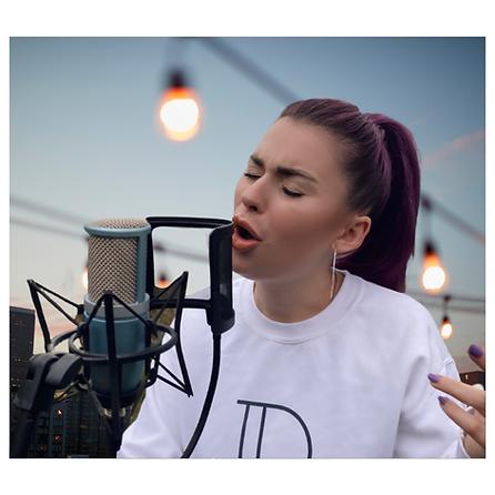 Instagram Post onElizmi singer from Kent