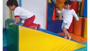 ¿Por qué algunos niños encuentran difícil mantener una buena  postura?