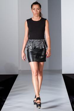 Black leopard sleeveless peplum top