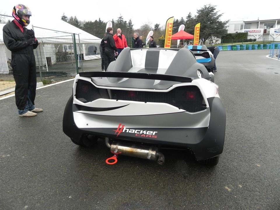 essai-999-motorsports-hacker-4-.jpg