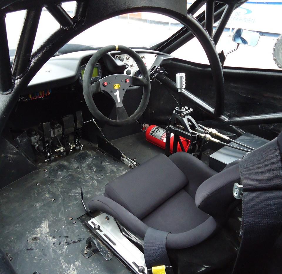 essai-999-motorsports-hacker-10-.jpg