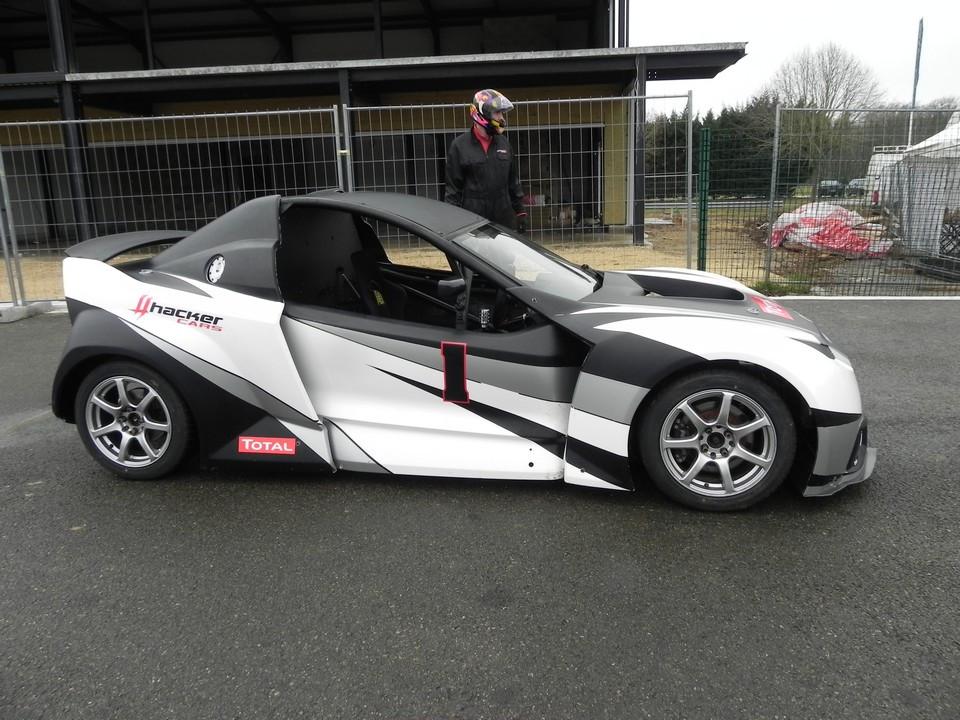 essai-999-motorsports-hacker-2-.jpg