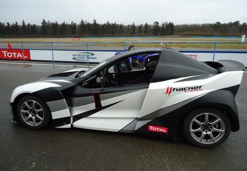 essai-999-motorsports-hacker-6-.jpg