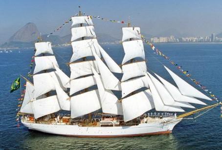"""Visita ao veleiro da Marinha """"Cisne Branco"""" em 10/07/16"""