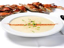 Cpt Geo bowl of soup with steamed crabs