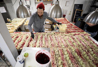 The Williamsburg Winery and Community Partners Team Up to Feed Hundreds of Hospital Workers