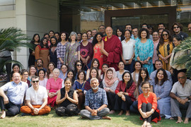 Group Photo with Geshe Lhakdor_2019