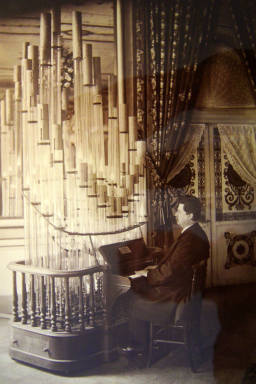 The German composer Wendelin Weißheimer playing a Pyrophone