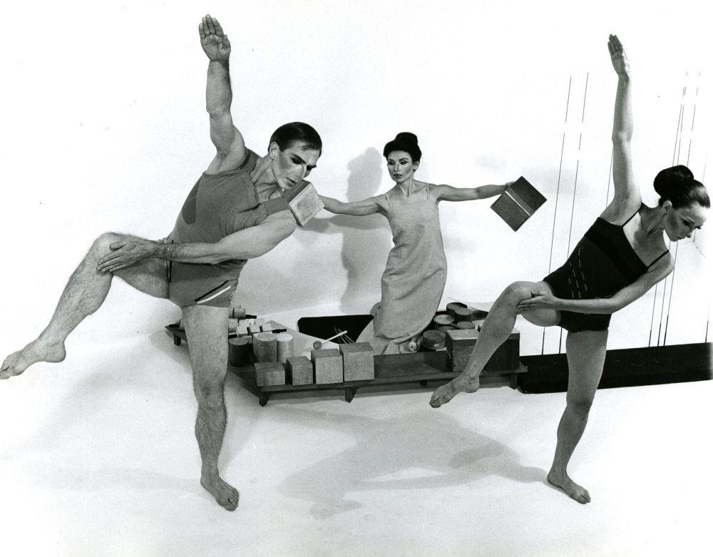 Erick Hawkins, Lucia Dlugoszewski,  and Dana Madole (1964)  Photographer: Michael Avedo, LoC