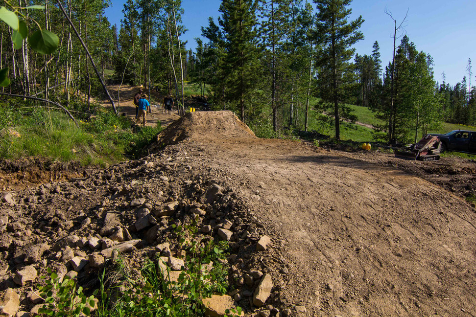 singletrack-trails-granby-ranch-build-3.