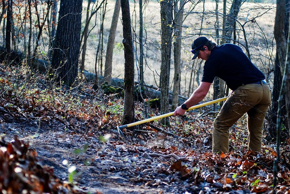 singletrack-trails-handcut-hollow-21-2.j