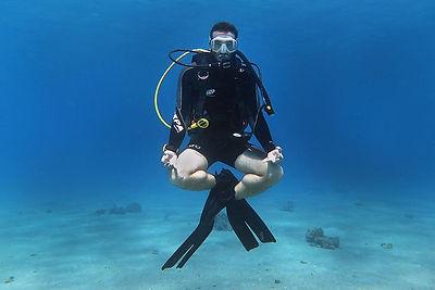 קורס צלילה שליטה באיזון