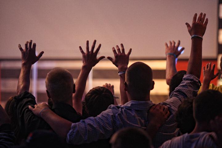 men-worshipping.png