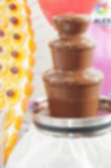 заказать шоколадный фонтан аренда, купить шоколадный фонтан на свадьбу