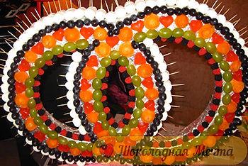 фруктовое ассорти, фруктовые кольца, оригинальная подача фруктов в Перми