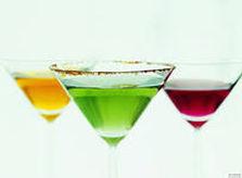 разноцветное шампанское, сироп в бокал пирамиды шампанского в Перми заказать
