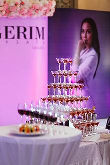 Пирамида шампанского в Перми в Березниках, шоколадный фонтан пермь, пирамида шампанского Пермь