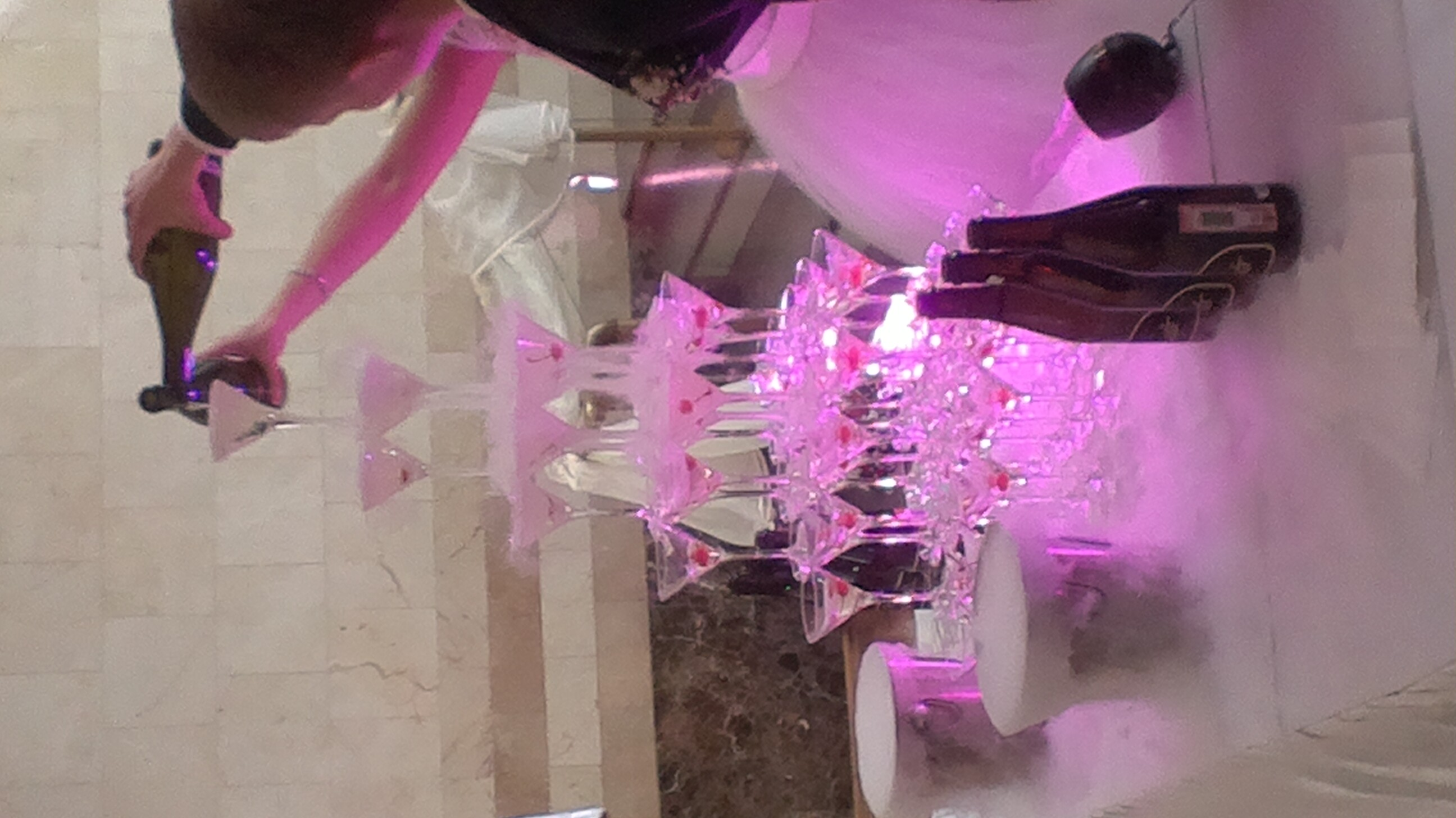 Пирамида/горка шампанского в Перми