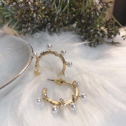 Loveie Pearl Hoops Earrings