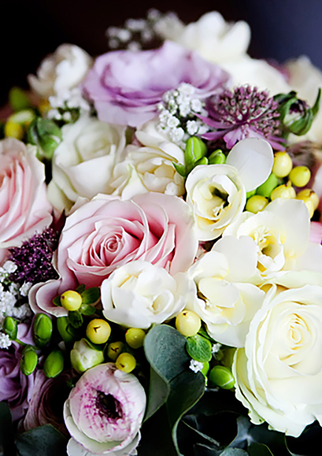 SUFFOLK WEDDING FLORIST.jpg