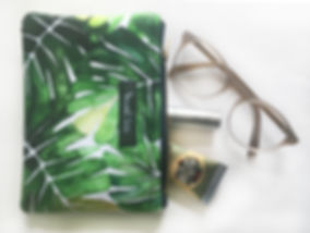 Banana Leaf coin purse 4.jpg
