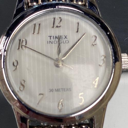 Ladies Classic Timex Indiglo Quartz Wristwatch