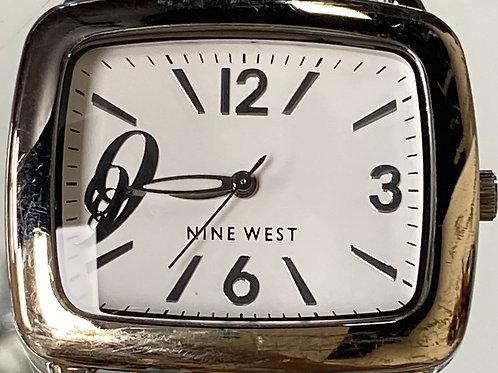 Ladies Vintage Nine West Quartz Wristwatch