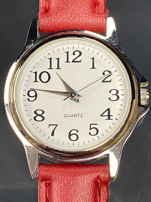 Ladies Classic Red Quartz Wristwatch