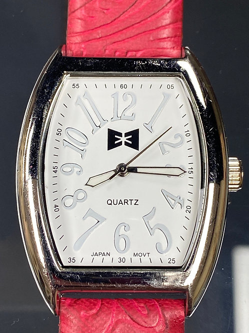 Ladies Red Country Quartz Wristwatch