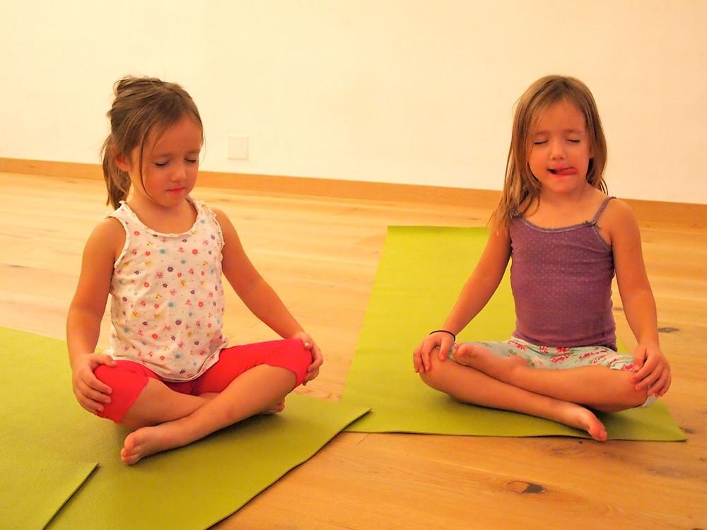yoga-kids-2.jpg