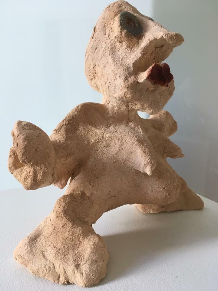 Figure terre cuite