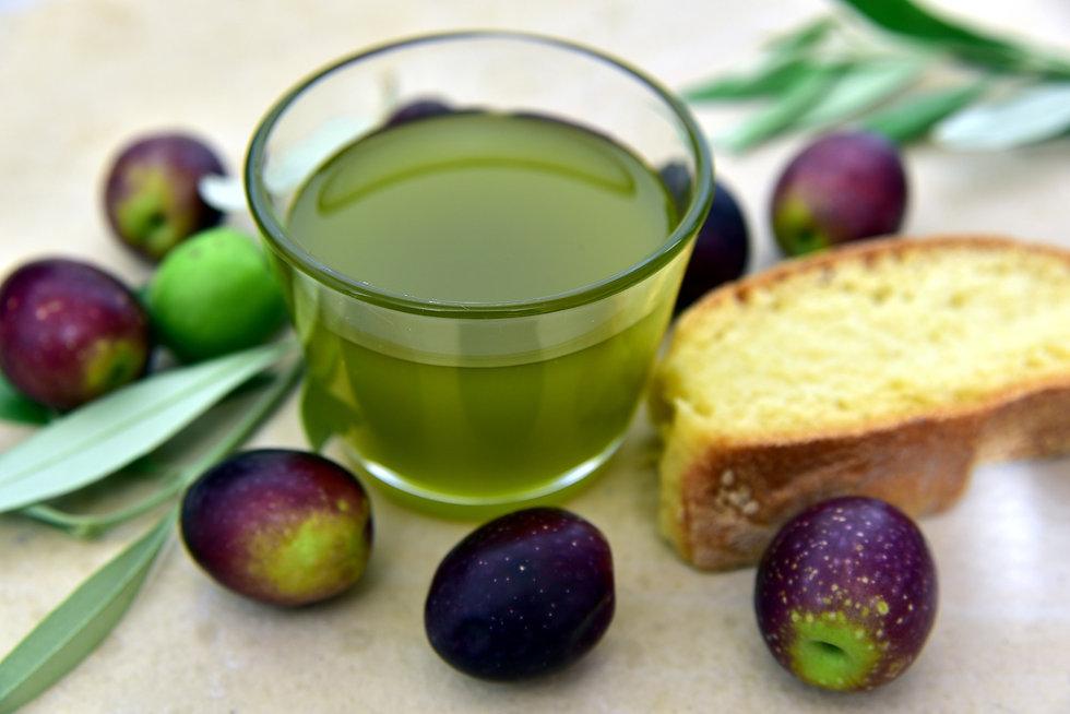 olive-oil-3803168_1920.jpg