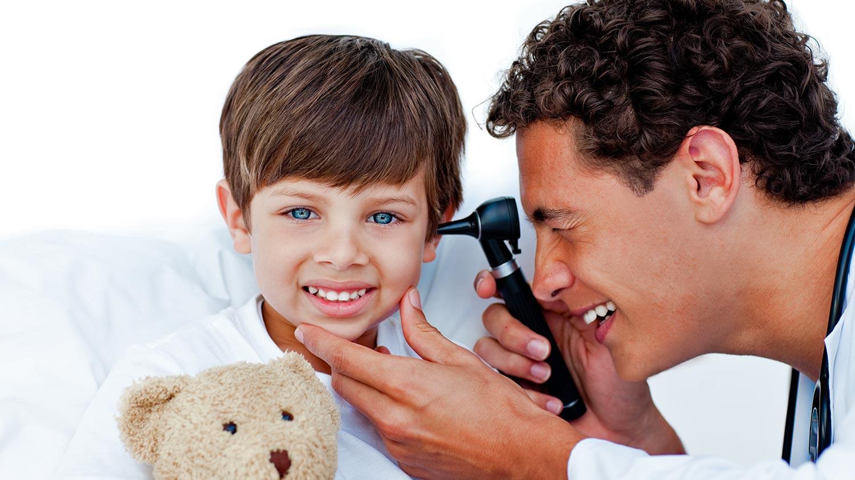 Clínica Ottos: Otoscopia
