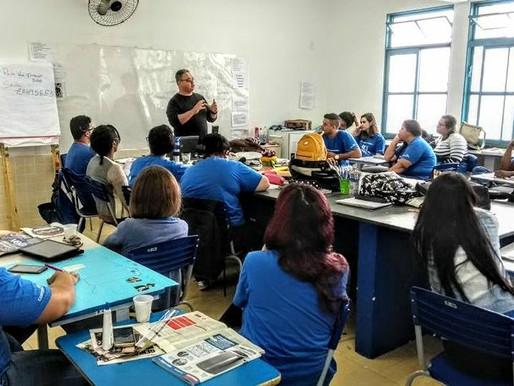 Fotógrafo Lula Vieira compartilha sua experiência com os alunos do Conecta Paulínia