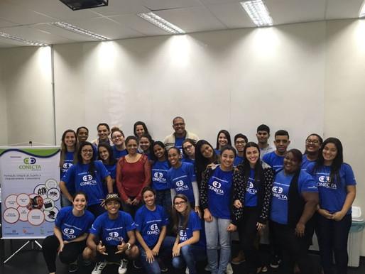 Voluntária fala sobre Cerimonial e Protocolo no Conecta Santos