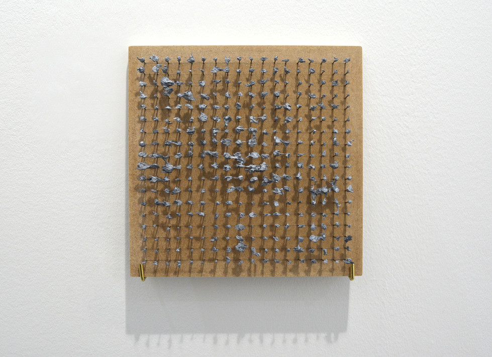Alexander_Stavrou_Grey Painting pins_Por