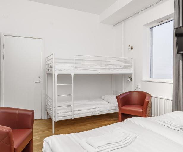 Hotellrum 4-bädds