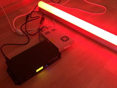 Светодиодные светильники для контурной подсветки зданий.